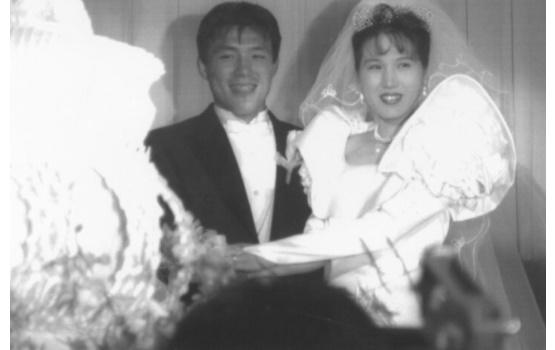 古賀稔彦さんと元嫁里見さんの結婚式の画像